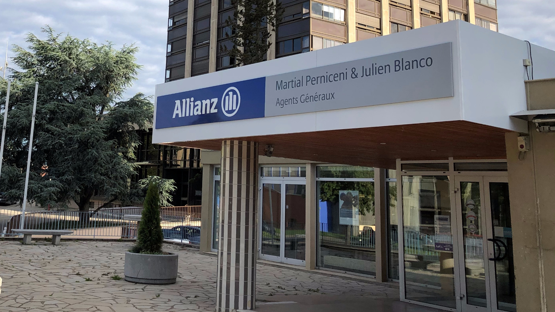 Allianz BELFORT - PERNICENI & BLANCO
